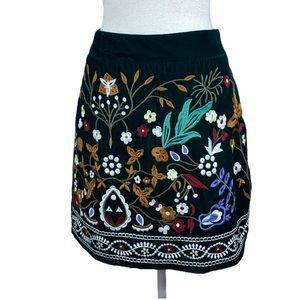 NWT. Romeo & Juliet Couture Mini Skirt. Size S.